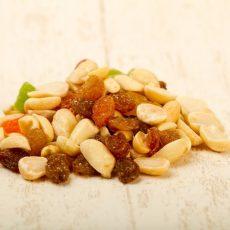 Смесь орехи-сухофрукты